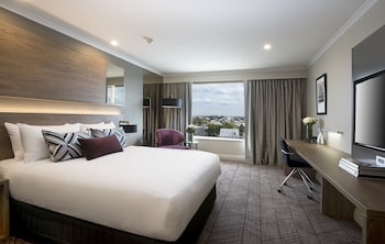 Guestroom at Rydges South Bank in South Brisbane