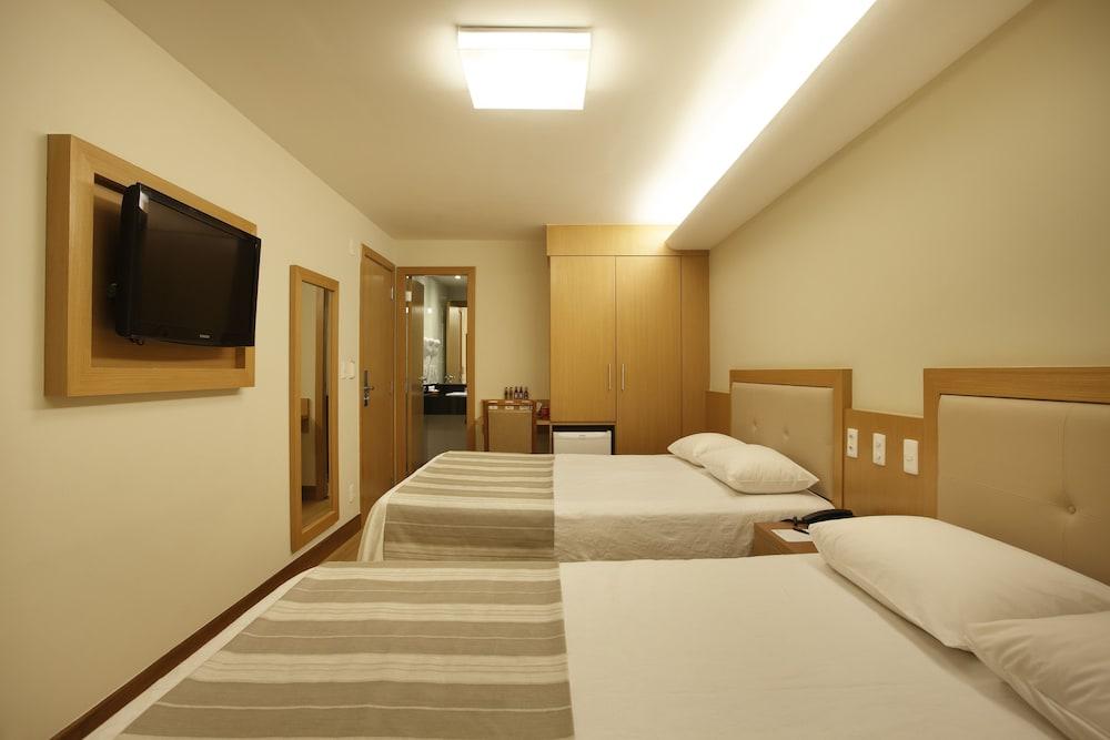 매저스틱 리오 팰리스 호텔(Majestic Rio Palace Hotel) Hotel Image 12 - Guestroom