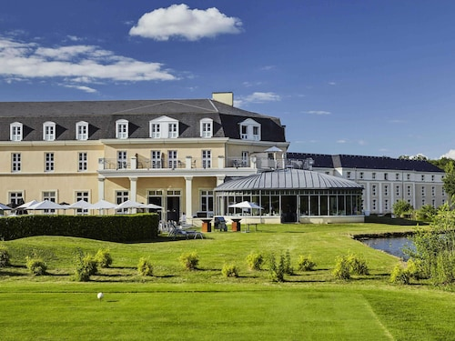 . Mercure Chantilly Resort & Conventions