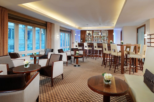 __{offers.Best_flights}__ Sheraton Zürich Neues Schloss Hotel