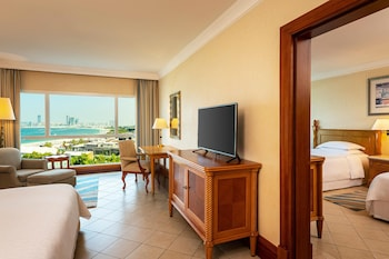 Family Connecting, Larger Guest room, Sea View