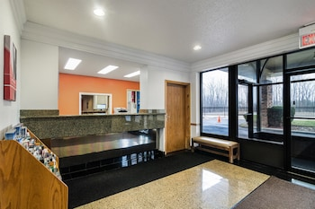 Hotel - Motel 6 Libertyville IL