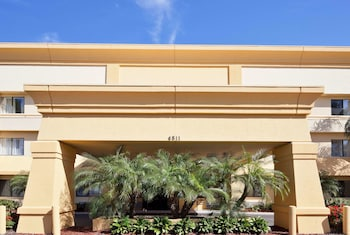 Hotel - La Quinta Inn & Suites by Wyndham Tampa Fairgrounds - Casino