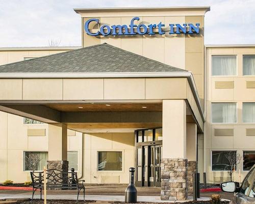 . Comfort Inn Mayfield Heights Cleveland East