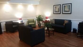 Quality Inn Jesup - Lobby Sitting Area  - #0