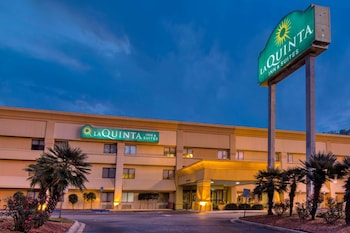 薩凡納南邊溫德姆拉昆塔套房飯店 La Quinta Inn & Suites by Wyndham Savannah Southside