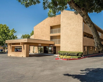 Hotel - Econo Lodge Sacramento North