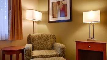 Best Western Plus Altoona Inn - Guestroom  - #0