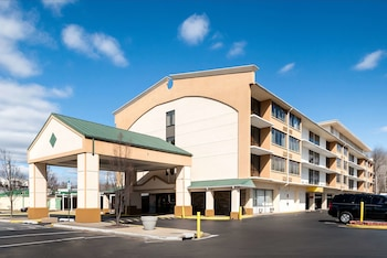 Hotel - Quality Inn & Suites Laurel