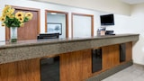 Days Inn & Suites by Wyndham Des Moines Airport