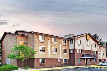 Hotel - Super 8 by Wyndham Baltimore/Essex Area