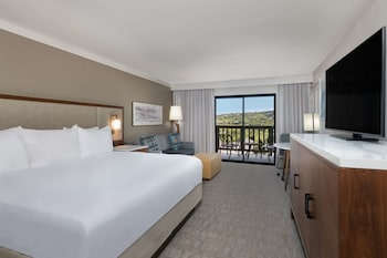 Presidential Suite, 1 King Bed, Non Smoking, Resort View