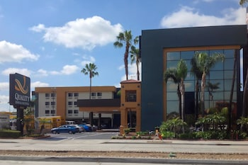 Hotel - Quality Inn & Suites Los Angeles Airport - LAX