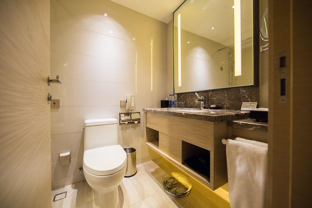 ホテル エクアトリアル上海 (上海国際貴都大飯店)