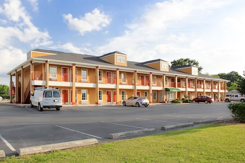 . Quality Inn Albertville US 431