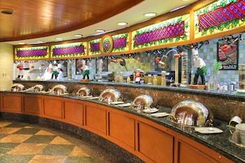 Century Park Hotel Manila Delicatessen