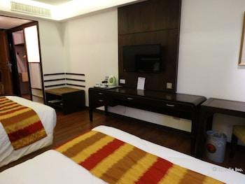 Century Park Hotel Manila Room Amenity