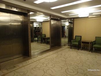 Century Park Hotel Manila Property Amenity