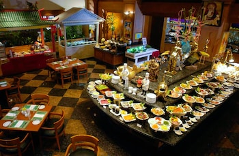 Century Park Hotel Manila Buffet