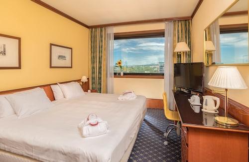 __{offers.Best_flights}__ SHG Hotel Catullo