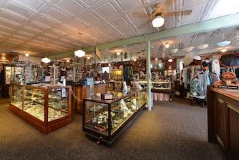 Buffalo Bill Village Cabins - Gift Shop  - #0