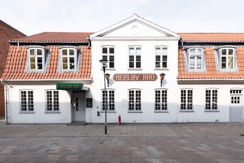 . Herløv Kro Hotel