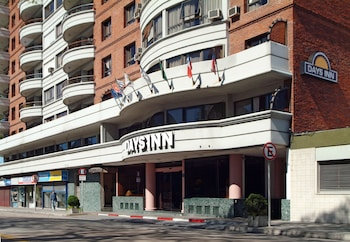 Hotel - Days Inn Montevideo