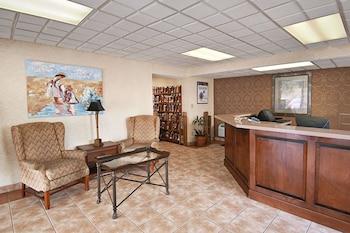 Lobby at Days Inn by Wyndham Myrtle Beach-Beach Front in Myrtle Beach