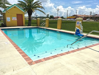 Hotel - Americas Best Value Inn Gonzales