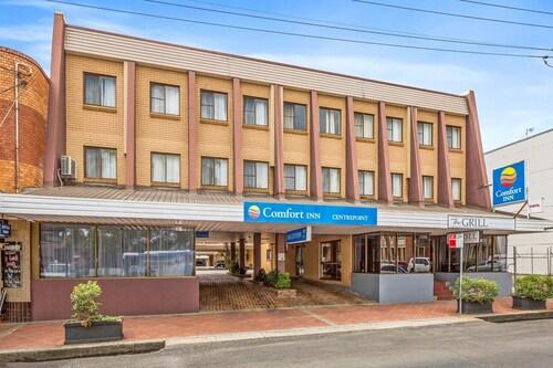 . Comfort Inn Centrepoint