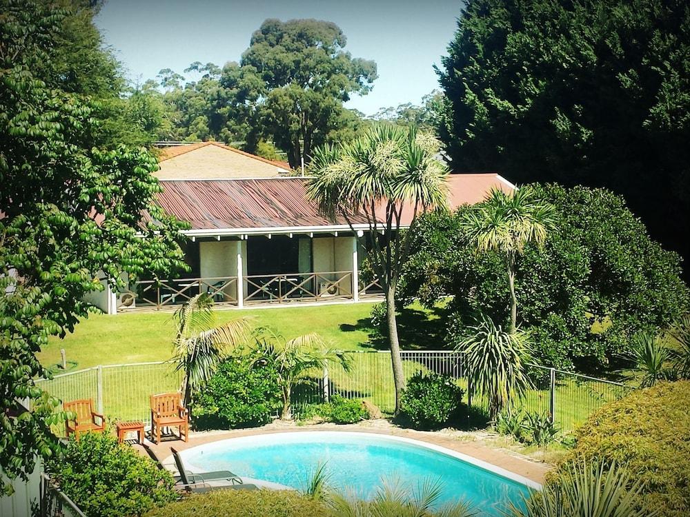 카리 포레스트 모텔(Karri Forest Motel) Hotel Image 2 - Pool