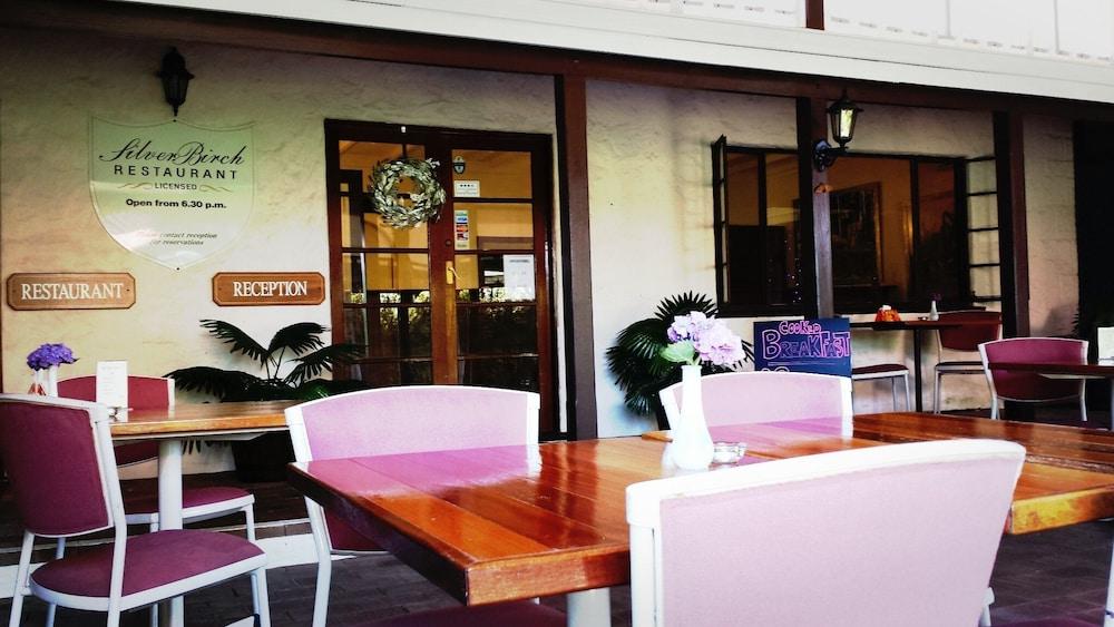 카리 포레스트 모텔(Karri Forest Motel) Hotel Image 26 - Hotel Bar