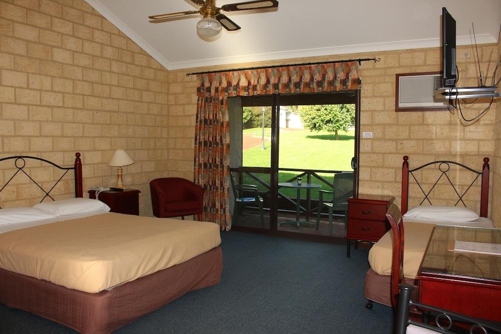 카리 포레스트 모텔(Karri Forest Motel) Hotel Image 8 - Guestroom