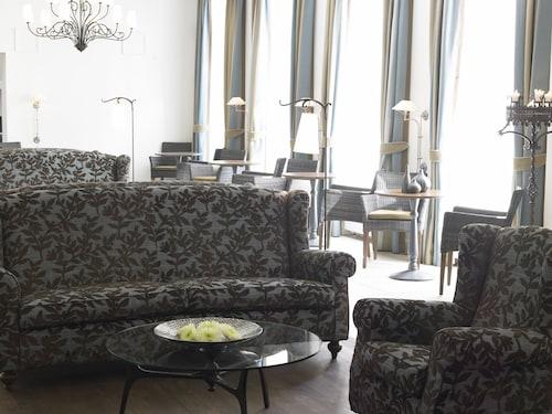 . Hotel Kong Arthur
