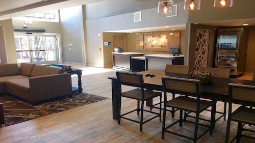 Holiday Inn Express & Suites Paso Robles, San Luis Obispo