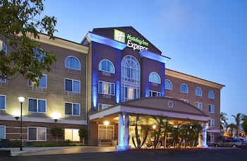 Holiday Inn Express Hotel & Suites San Diego-Sorrento Valley