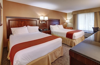 Suite, Multiple Beds, Non Smoking (With Sofa Bed)