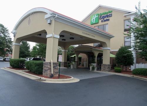 . Holiday Inn Express Hotel & Suites SANFORD, an IHG Hotel
