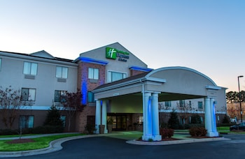 Hotel - Holiday Inn Express Hotel and Suites Kinston