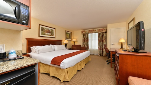 Holiday Inn Express & Suites Edmonton International Airport, Division No. 11