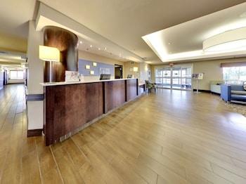 Hotel - Holiday Inn Express & Suites Edmonton International Airport