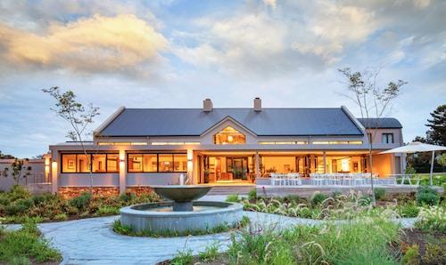 . Knysna Hollow Country Estate