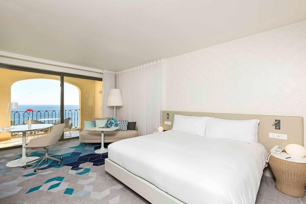 https://i.travelapi.com/hotels/1000000/530000/520500/520403/3cc52d11_z.jpg