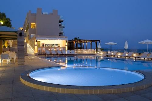 . Erytha Hotel & Resort Chios