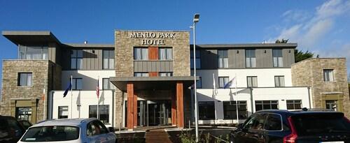 Menlo Park Hotel,