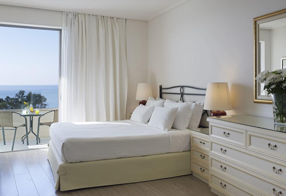 https://i.travelapi.com/hotels/1000000/530000/521000/520912/8c771878_z.jpg
