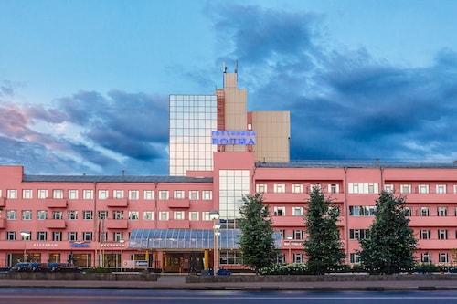 Volna Hotel, Nizhniy Novgorod gorsovet
