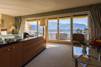 Junior Süit, Balkon, Göl Manzaralı