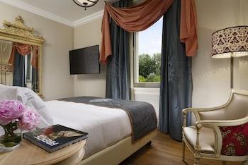 Executive Double Room, River View (Arno)