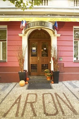 Hotel Aron, Praha 8